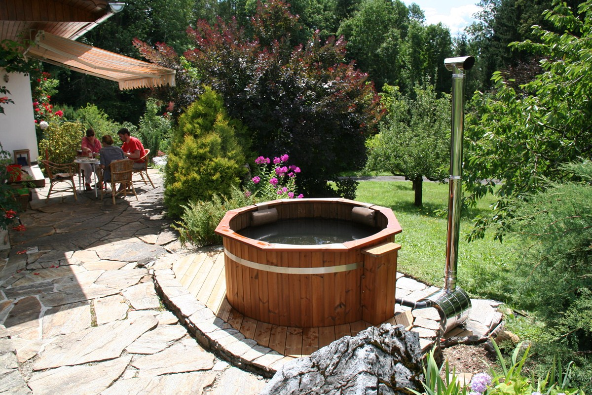 Basic hot tub spadealers for Types of hot tubs