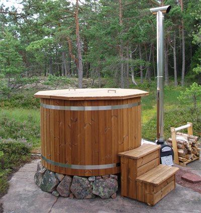 Kylpytynnyri puusta