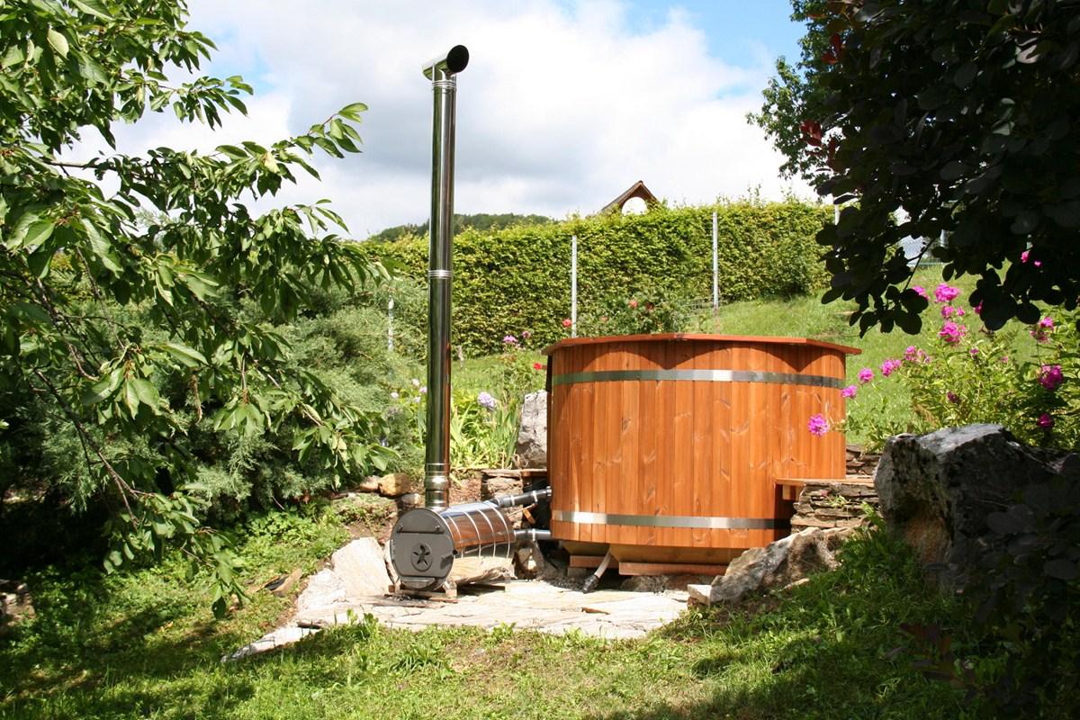 Inredning badtunna plast vedeldad : Vedeldad badtunna | Traditionella badtunnor i trä - SpaDealers